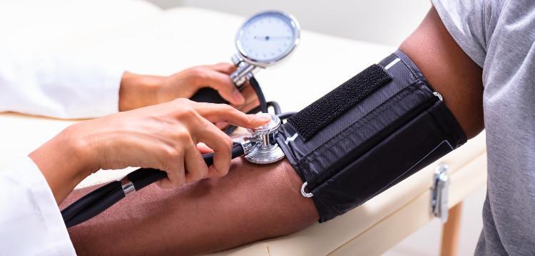 Mikor veszélyes a krónikusan alacsony vérnyomás?