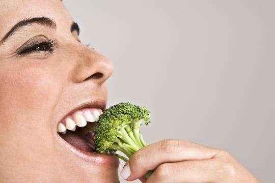 5 étel, amivel megelőzhető a csontritkulás