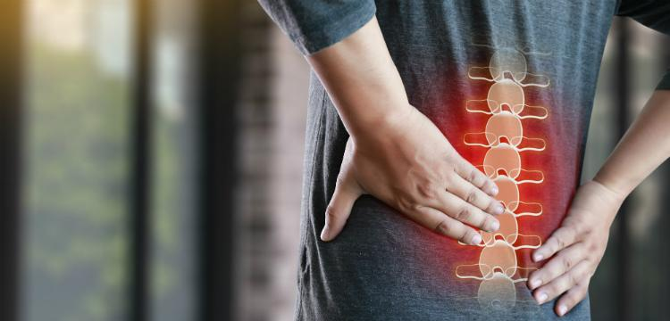 A gerincsérv tünetei