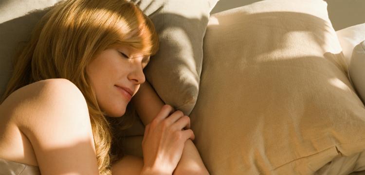 A pihentető alvás jót tesz a szívünknek