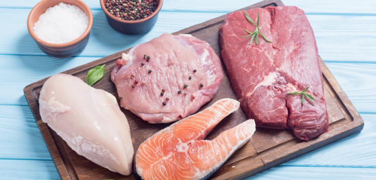 Fehér hús vs. vörös hús – Melyik az egészségesebb?
