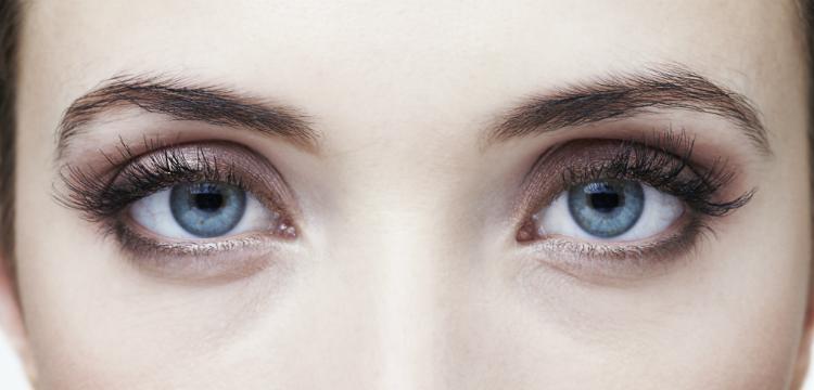 Gyakran bevérzik a szeme? Ezek okozhatják