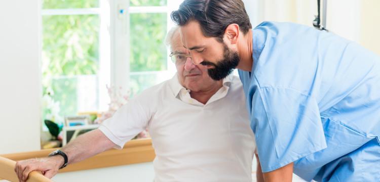 Kérjen segítséget! Szakszerű segítség az otthoni betegápolásban